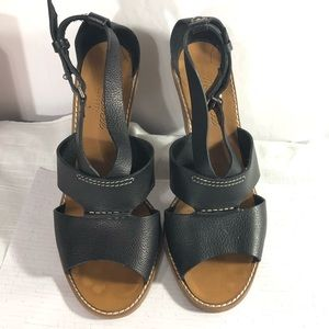 Madewell black strappy heeled sandals size 9.5